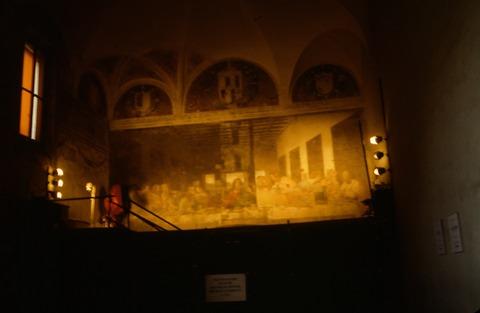 198808ミラノSMDグラツェ教会と最後の晩餐修復前 (2)