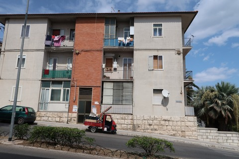 201809ラグーザ郊外中程度のマンション