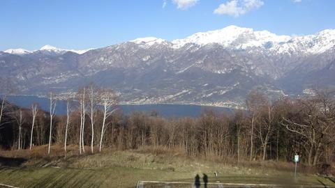 外レッコ奥のギサーロ村とコモ湖 (3)