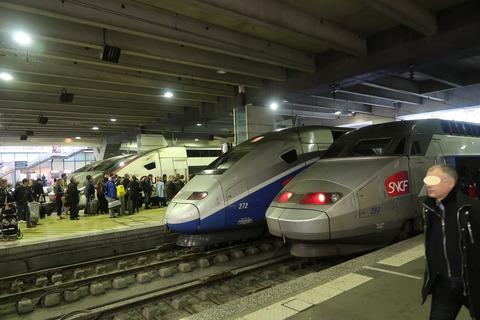 TGVモンパルナス列車群0429