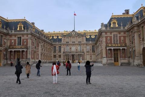 Versailles106宮殿真正面 顔塗り