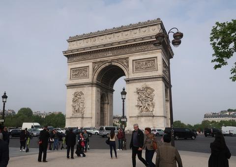 Paris凱旋門近影0502