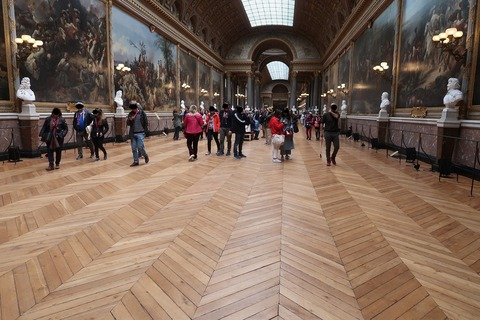 Versailles176戦争画のギャラリーの木目床