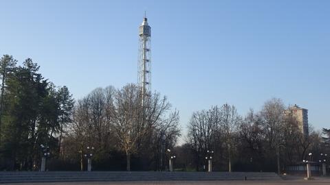 カドルナのセンピオーネ公園の展望塔か