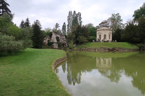 VersaillesPetit Trianonベルベデーレと岩山密会場