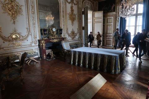 Versailles165鏡の裏の閣議の間