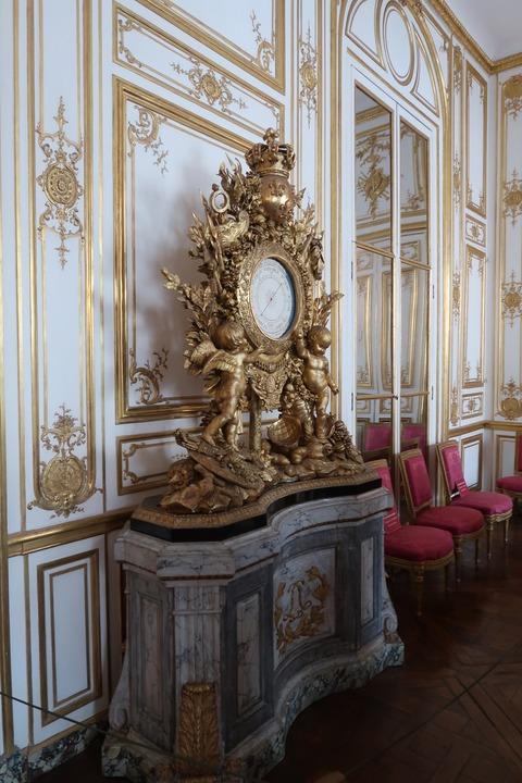 Versailles114王の私室の調度