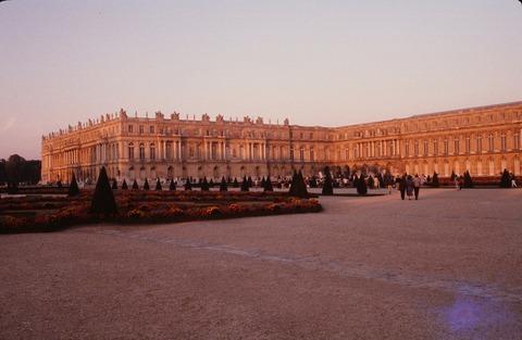 Versailles210B夕陽 北ウイング198609