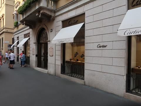 お馴染Cartierミラノ201809