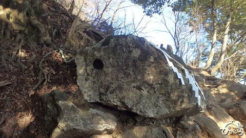 0107_天狗の鼻突岩