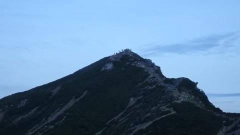 唐松岳山頂の人々