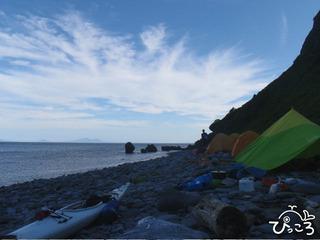 浜でのキャンプ
