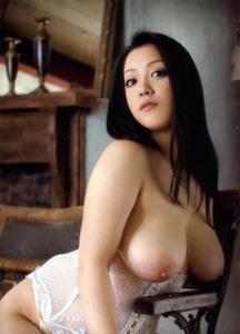 com_b_o_i_boinnaoppai_20120908124329dc8s