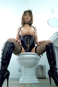com_b_o_i_boinnaoppai_20110513_006