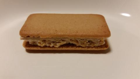 【食べた感想】福田パン監修。あんバターサンドクッキー