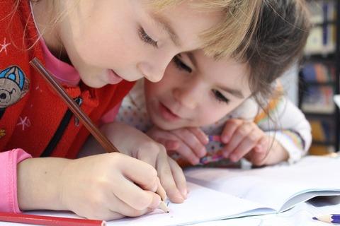 子どもの集中力を上げる方法は?親がやってはイケない事とは。