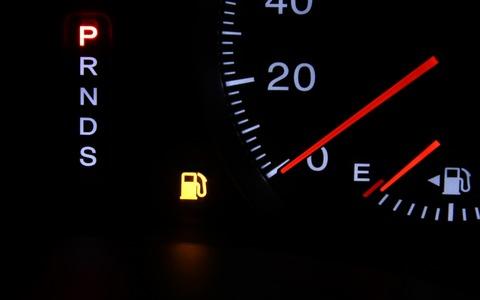 軽自動車で給油ランプがついてから何キロ走れるの