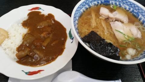 釜石ラーメンと半カレーセット
