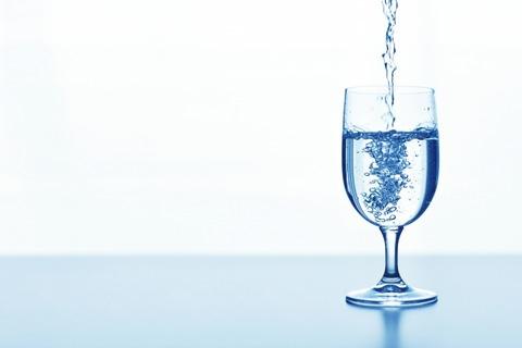 おすすめバナジウム水あるコンビニの天然水