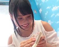 【エロ動画】19歳の可愛い女の子が謝礼を貰うかわりにエッチなことされちゃう!