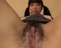 【エロ動画】ツインテール&ロリ顔のヤリマンJKが大量に潮吹かせてSEX
