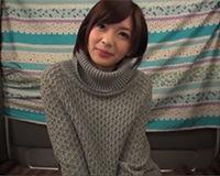 【エロ動画】ショートヘアのバンド好きな女にローターで気持ちよくさせてフェラさせる||