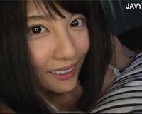 【エロ動画】可愛い妹が突然寝てる所に乗っかってきてエッチなおねだり