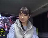 【エロ動画】街でナンパしたお姉さんに車でフェラしてもらったらお姉さんの服にザーメンが沢山掛かっちゃった