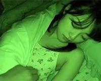 【エロ動画】妹の寝込みを襲って中出しする兄||