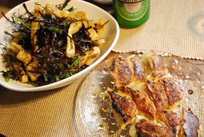 餃子&からし菜と油揚げのサラダ
