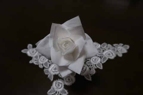 ティシュの花