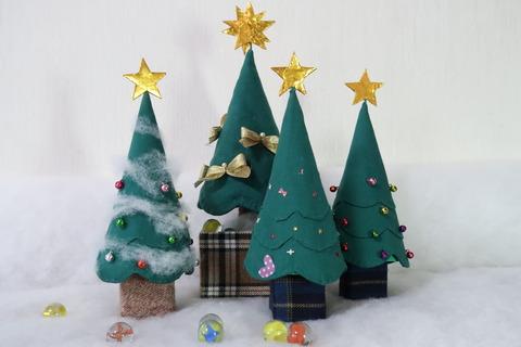 クリスマスツリー4本2