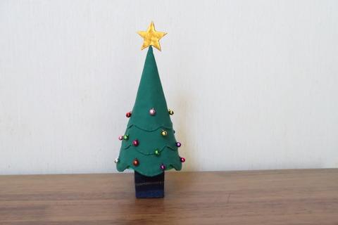 見にクリスマスツリー
