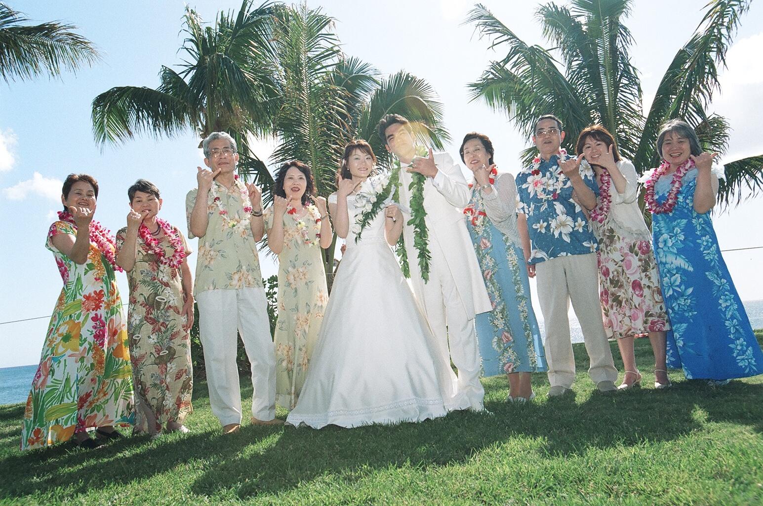 12afd3d711df3 Happy Wedding in Hawaii  wedding 参列者の服装 - livedoor Blog ...