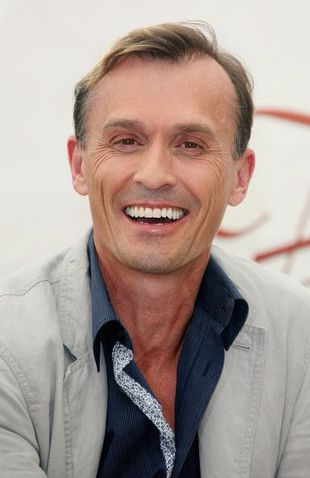 Robert Knepper01