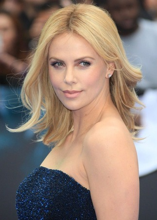 Charlize-Theron06