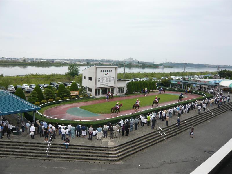 金沢 競馬