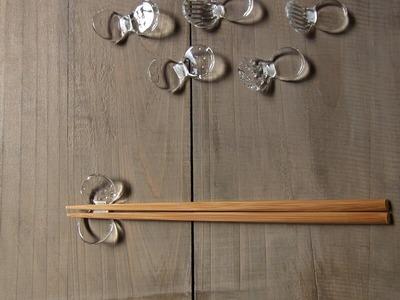 ふたつぶ箸置き イメージ 木