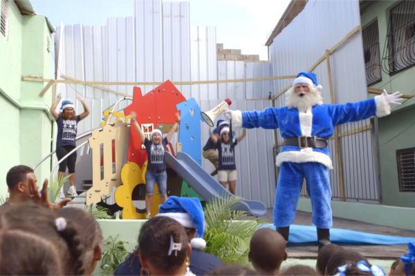 WestJet_Santa_Claus