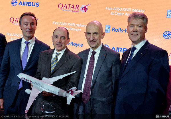 800x600_1419266340_A350_XWB_Qatar_Airways_delivery_ceremony