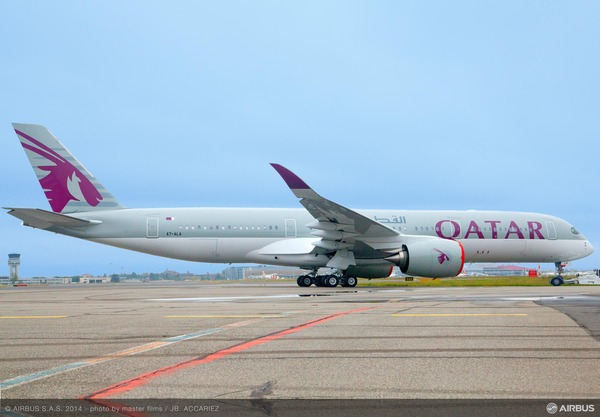 1st_A350_QTR_ROLL_OUT_01