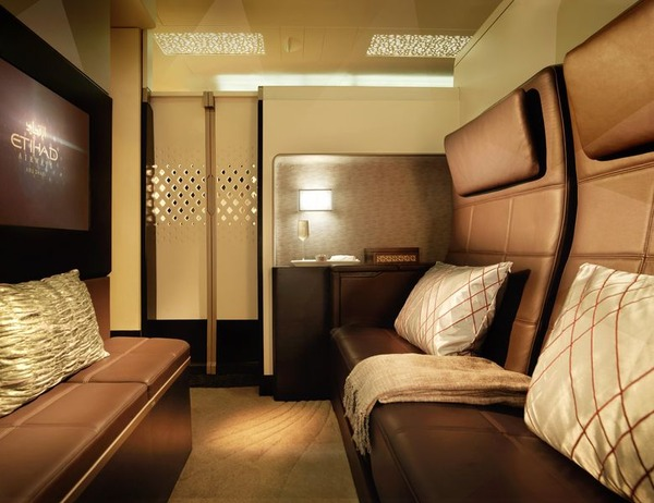 800x600_1418924340_A380_Etihad_cabin_The_Residence