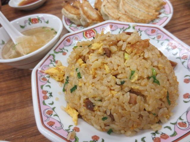 「餃子の王将」、共通メニューの調理法統一へ乗り出す 料理の品質揃え、出店増へ効率化