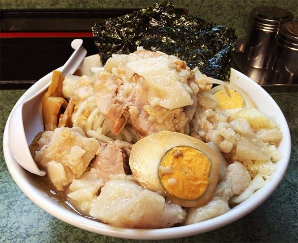 【最強グルメ】夜中に食うラーメン二郎の美味さは異常