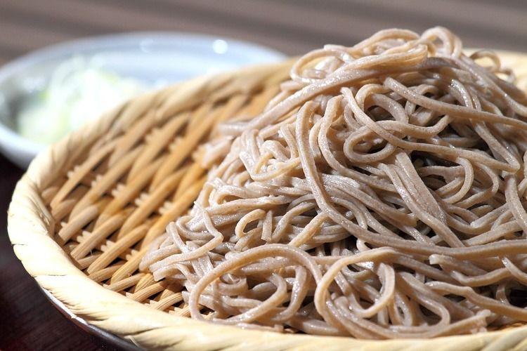 うどん→安く食えてそこそこうまい 蕎麦→金をかければかけるほどうまい