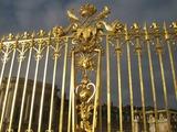 門の装飾1