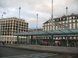 ジュネーヴ駅前のホテル
