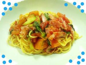 トマトとサラミとバジルの冷製パスタ★