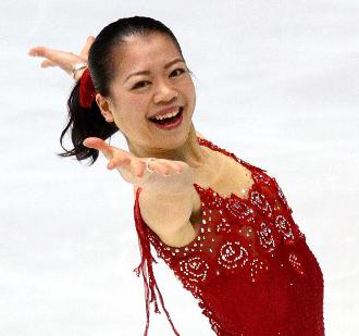suzukiakiko-smile.jpg.pagespeed.ce.hme28WuDYd