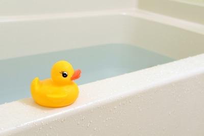 お隣の人がお風呂沸かしっぱなしで物凄い音がするんだけど誰か助けて